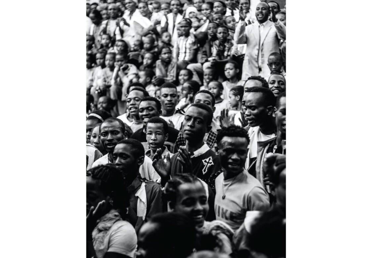LES CHANGEMENTS ANTICONSTITUTIONNELS DE GOUVERNEMENTS EN AFRIQUE : QUELLE POLITIQUE DE L'UNION AFRICAINE ?